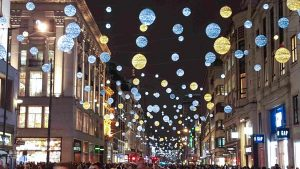 christmas_london_explore_supercity_aparthotels_hotel_apartment_oxford_street_lights
