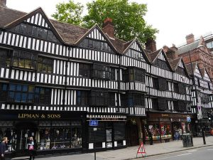 architecture_church_walk_walking_tour_supercity_apartment_hotel_london_travel_living_writing_staple_inn