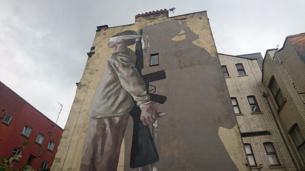manchester_walk_city_explore_northern_quarter_supercity_aparthotels_apartment_hotel_church_street_industrial_refugee_street_art_war