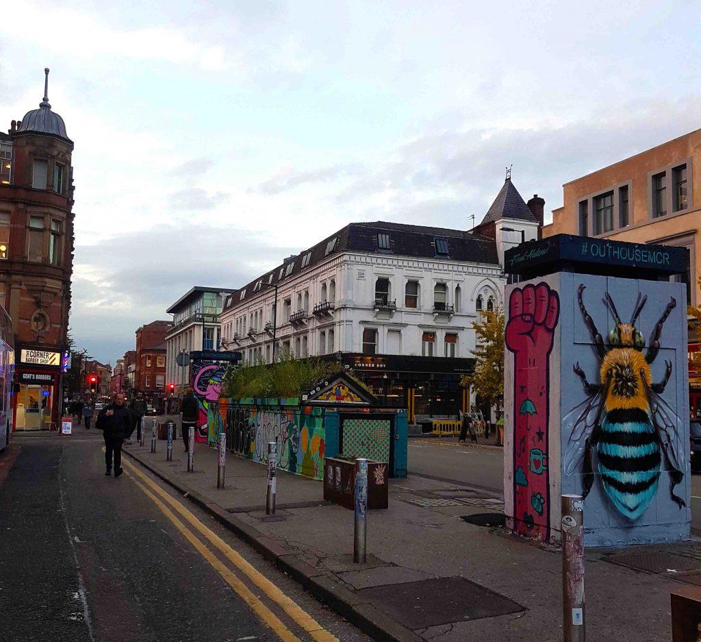 manchester_walk_city_explore_northern_quarter_supercity_aparthotels_apartment_hotel_church_street_industrial_refugee_street_art_bee