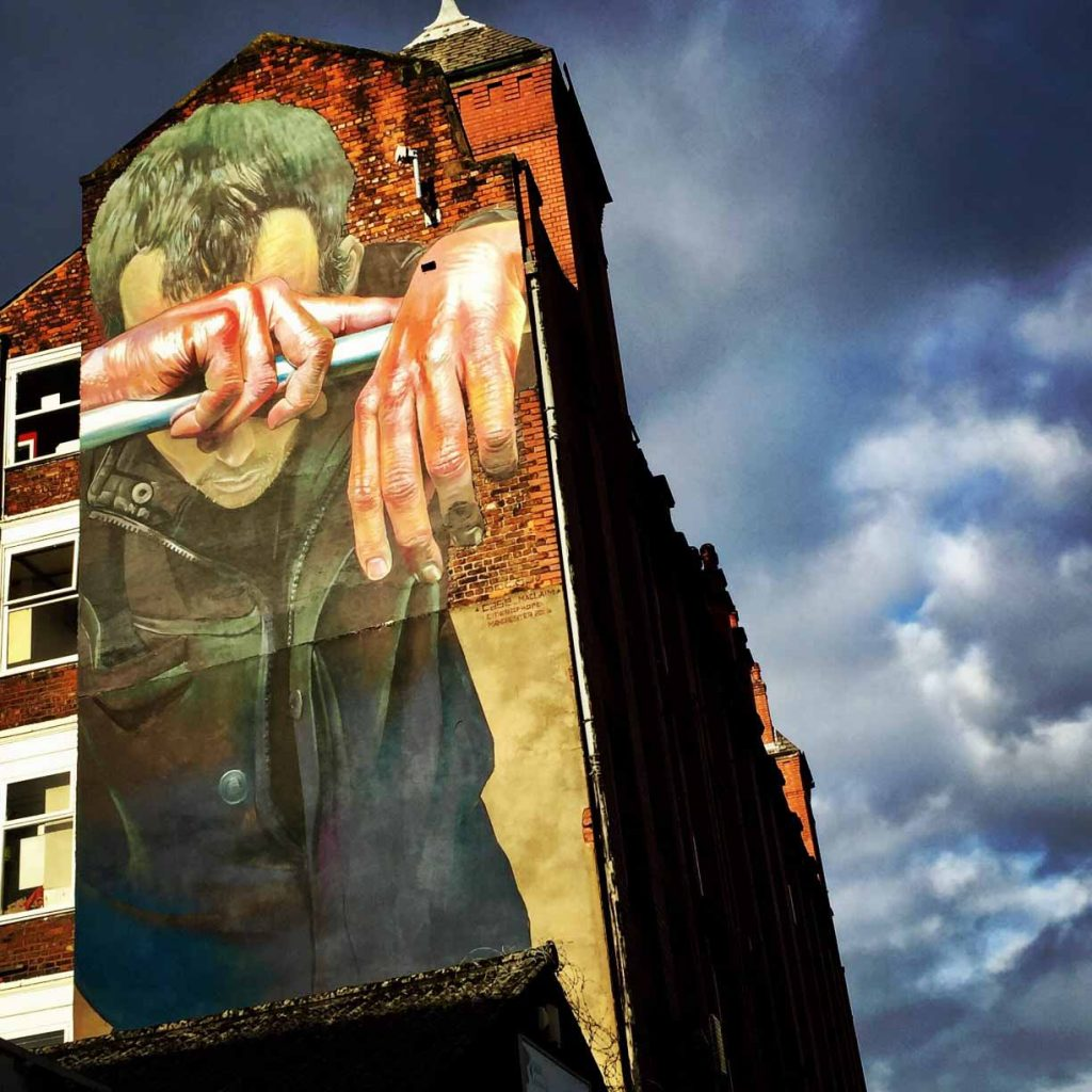 manchester_walk_city_explore_northern_quarter_supercity_aparthotels_apartment_hotel_church_street_industrial_refugee_street_art_homeless