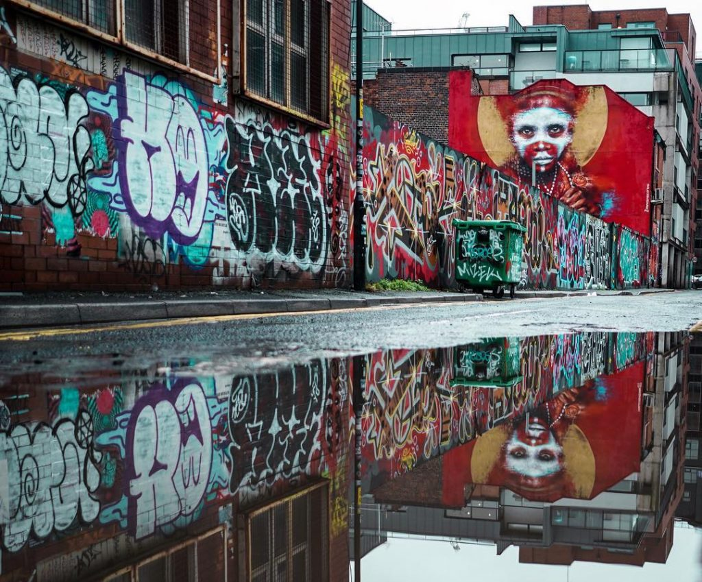 manchester_walk_city_explore_northern_quarter_supercity_aparthotels_apartment_hotel_church_street_industrial_refugee_street_art_grafitti