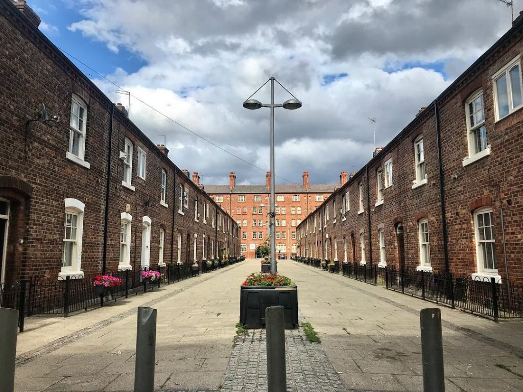 manchester_walk_city_explore_northern_quarter_supercity_aparthotels_apartment_hotel_church_street_industrial_ancoats